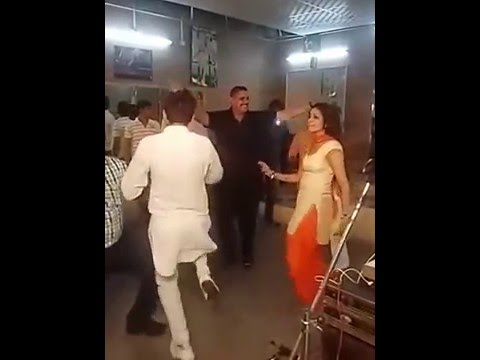 Sapna hot dance in party at delhi