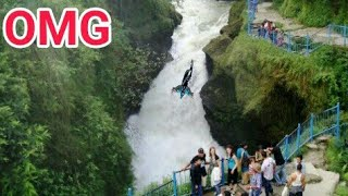 Extremely,Dangerous,Davis,Fall,in,Pokhara,Nepal