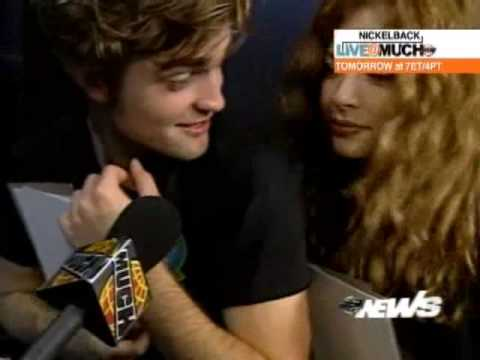 Robert Pattinson & Rachelle Lefevre Play a Game.