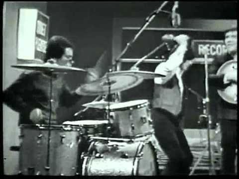Young Rascals... GOOD LOVIN'   (Live Studio)