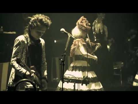 BUCK-TICK - VICTIMS OF LOVE with Kokusyoku Sumire Live (Subtitulos en español)