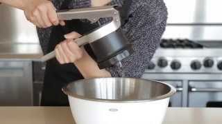 How To Squeeze Excess Water Out Of Shredded Potatoes