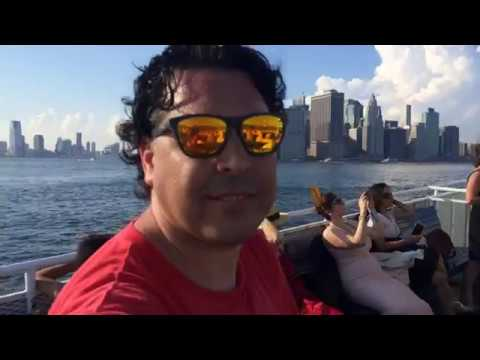 Ferry from Staten Island to Brooklyn with music and fun
