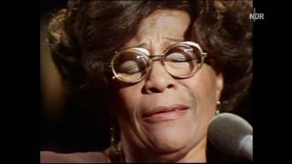 "Ella Fitzgerald ""One Note Samba"""