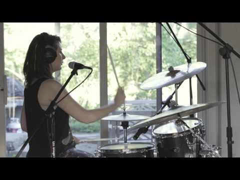 Live Session with The Symptoms: Blinds