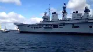 HMS ILLUSTRIOUS AIRCRAFT CARRIER (ROYAL NAVY)  IN DUBLIN