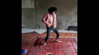 Танец-перформанс представит Арсен Именов на выставке Astana Art Show