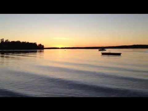 32 sec of Relaxing Sunset and Waves in Helgeroa in Larvik, Norway in October 2012