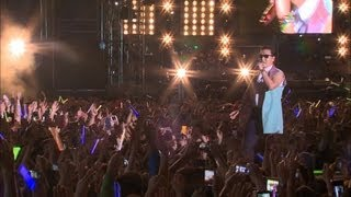 PSY - ENTERTAINER (연예인) @ Seoul Plaza Live Concert YouTube Videos