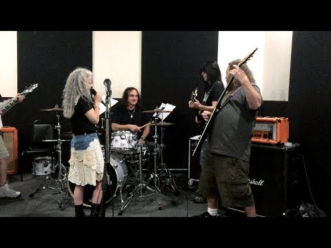 Vinny Appice, Rudy Sarzo & campers- Rainbow In The Dark- Rock Fantasy Camp 2017