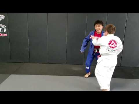 Gracie Barra Alabama kids class, takedowns , judo, Jiu-jitsu