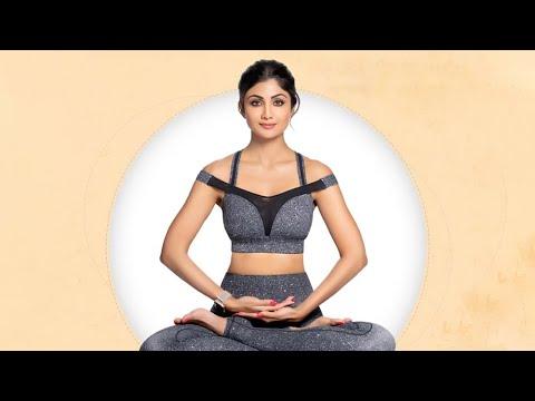 International Day of Yoga 2019: Shilpa Shetty Teaches Yoga in Surat, G…