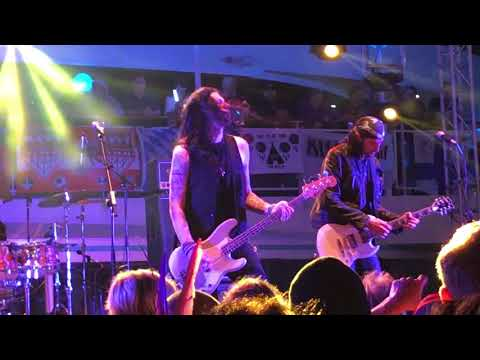 Bruce Kulick and Bob Kulick - KISS Kruise VII Who Wants To Be Lonely