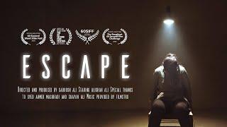"Baixar ""ESCAPE"" - One Minute Short Film"