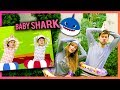 VIDEOCLIPS EN LA VIDA REAL ( Baby Shark , Thank U Next ,...) | Uy Albert!