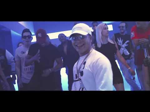 Yomil y el Dany - Echame agua (Video oficial)