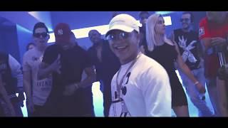 Смотреть клип Yomil Y El Dany - Echame Agua
