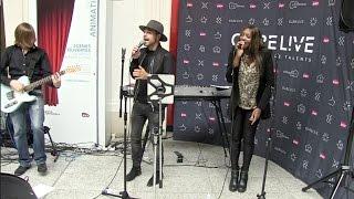 alban bartoli interprete son nouveau single avec le temps à la gare st lazare