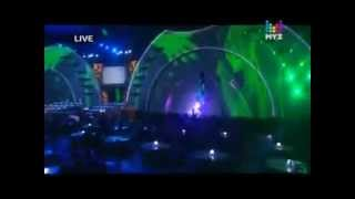 "Julia Volkova & Dima Bilan performing ""Голая"" @ MuzTV Awards 2012"