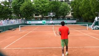 Gaël Monfils Hitting in court level view
