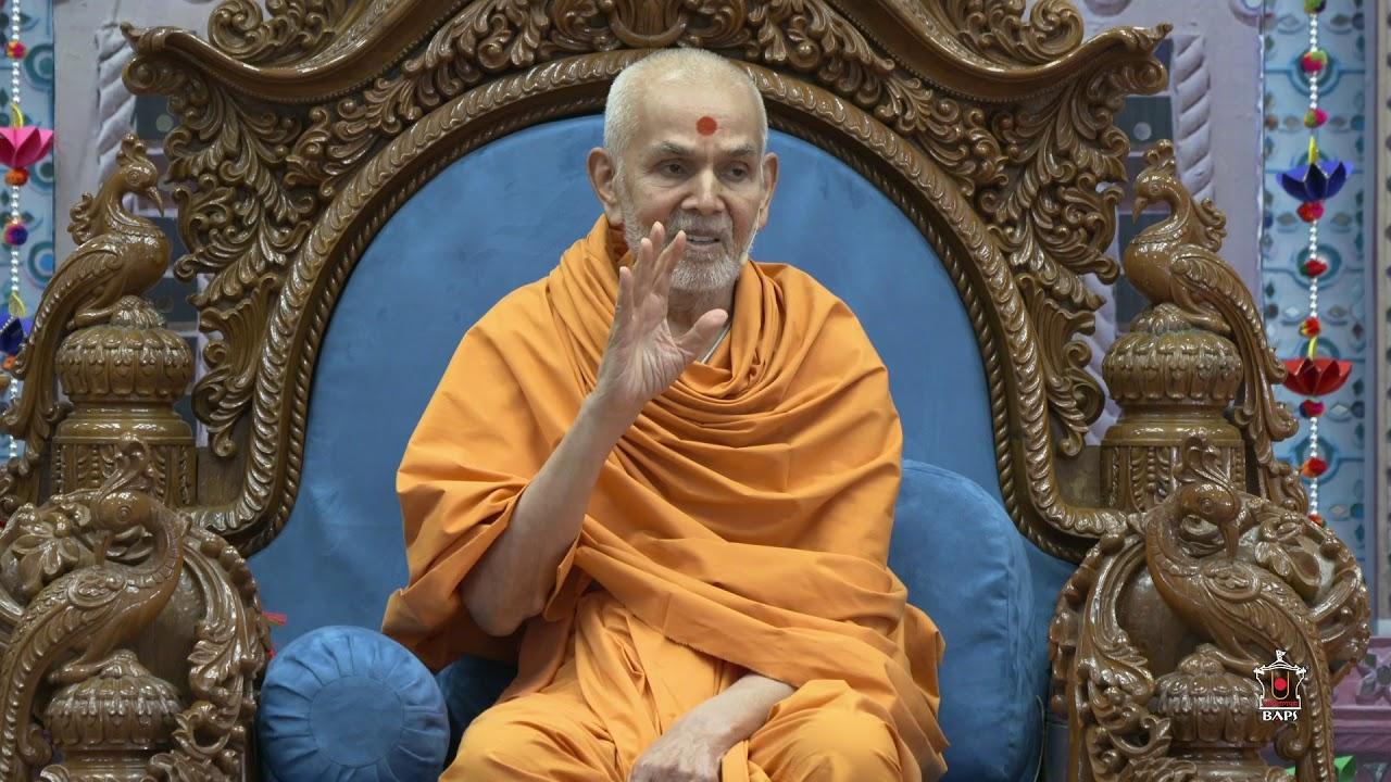 Happy New Year Mahant Swami 26
