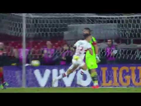 São Paulo 2 x 0 Vitória - Gols de Calleri e Diego Lugano - 15/6/2016