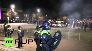 Netherlands: Violence erupts at mass anti-immigration demo over refugee centre