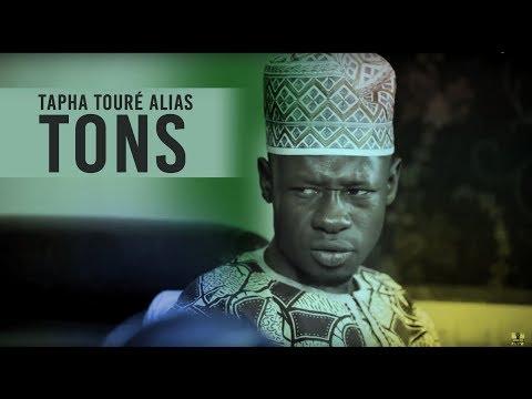 Tapha Touré dans ses oeuvres...