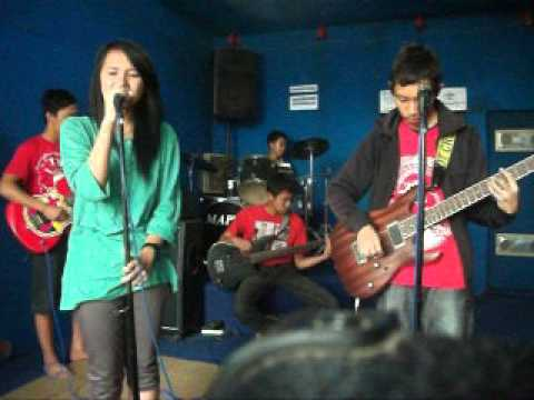 greenhorn band - cinta palsu