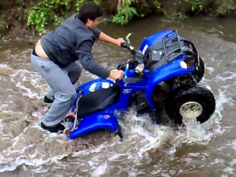 Grizzly 125 in river - YouTube