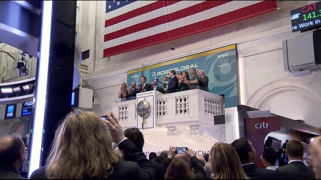 Universal Robots' UR5e Rings the NYSE Closing Bell