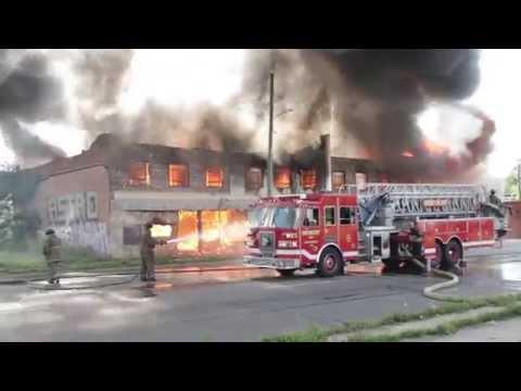 Detroit Fire | Detroit Box Alarm Van Dyke & Harper | Detroit on Fire