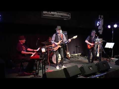 19 5 2018 f7Noviteit  Blues aan zee Bos,s Bluesband H Asslman produktion
