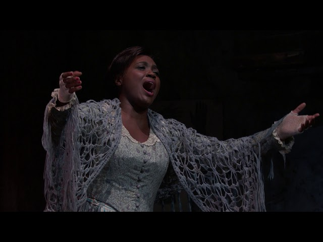 Angel Blue sings an excerpt from Mimì's Act I aria during the final dress rehearsal. Production: Franco Zeffirelli. Conductor: Alexander Soddy. 2017–18 Season.