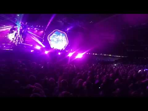 Coldplay Melbourne 2016 - Paradise Live
