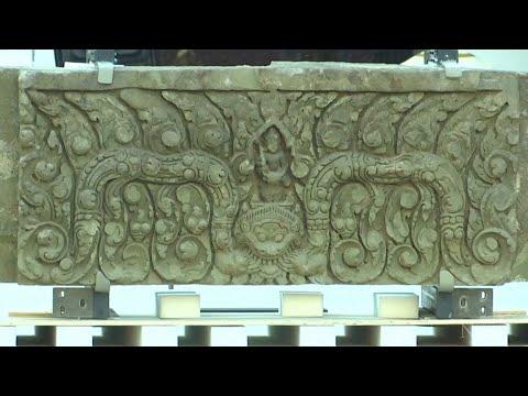 Thailand celebrates the return of stolen ancient lintels