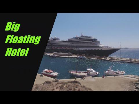 Floating Hotel _ Tourlos