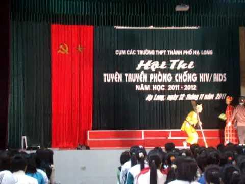 Màn chào hỏi hội thi tuyên truyền phòng chống HIV- Đội Chl