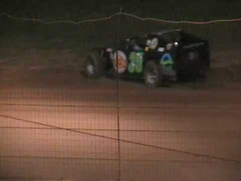 freeport raceway park 2009 modified dirt racing part 5