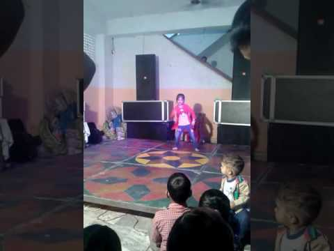 Shandaar jaandaar dance by 7 year old girl on...