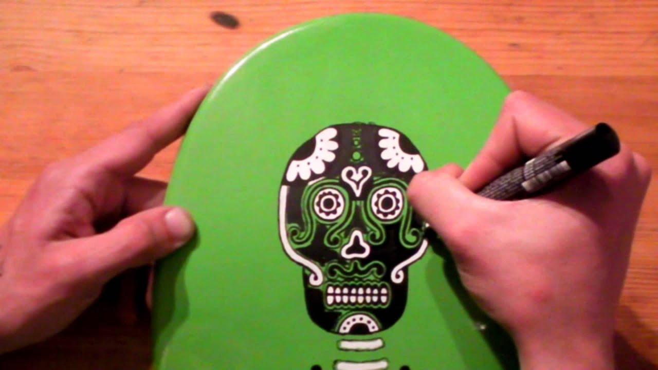 How to paint a skateboard 1 skate street art graffiti for Best paint for skateboard decks
