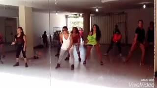 TUMBA LA CASA MAMI /CARLOS ZEGARRA