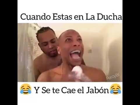 Cuando estas en la ducha y se te cae el jabon youtube for Colgador jabon ducha