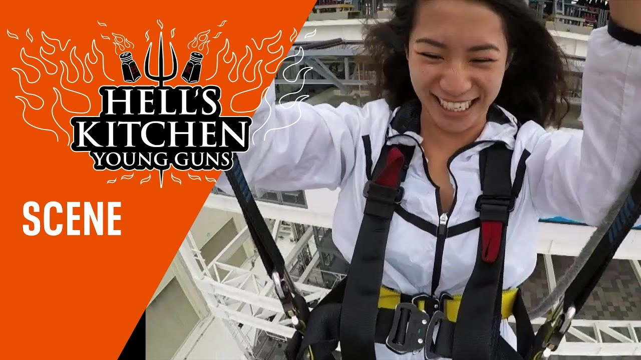 Download The Red Team Zip Lines Through Las Vegas | Season 20 Ep. 8 | HELL'S KITCHEN