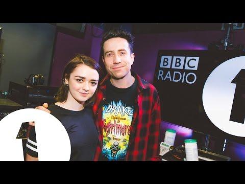 Sophie Turner Gets Her Revenge On Maisie Williams
