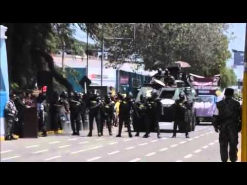 Peru News: Chiclayo policemen dance 'pop' for anniversary