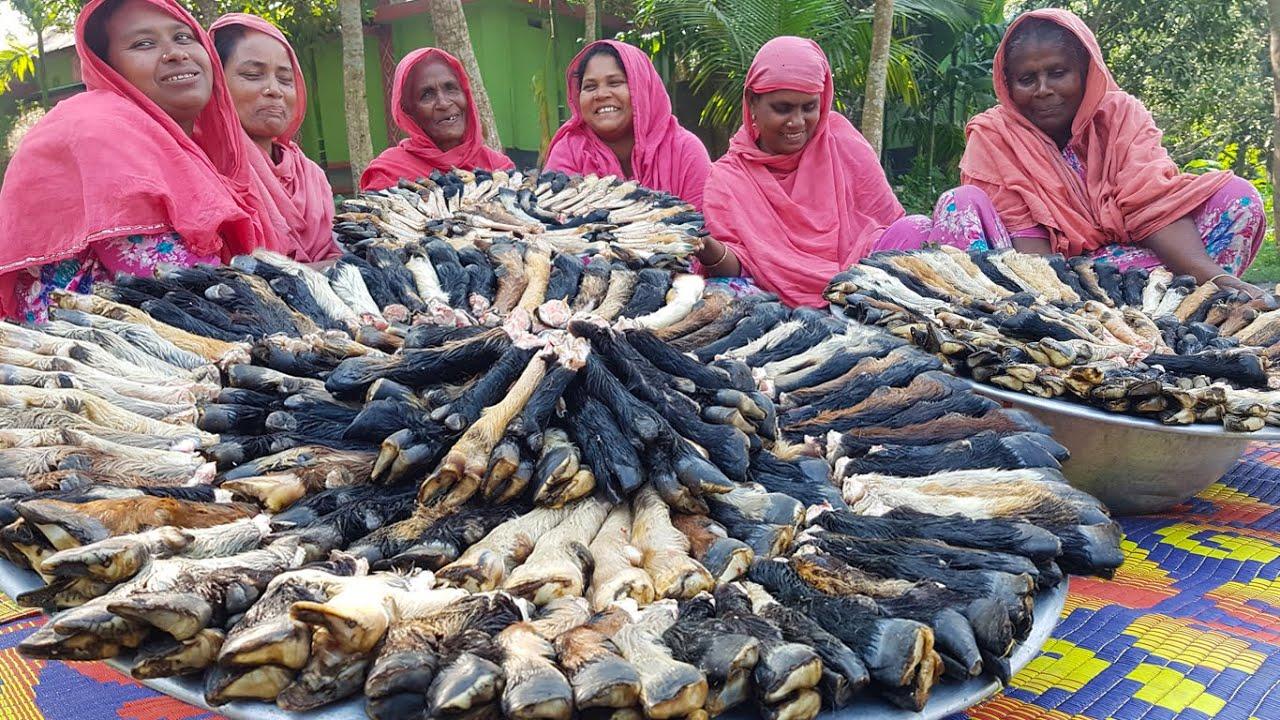 300 Legs/Paya Of Goat - Mutton Paya Nihari Recipe - Paya Curry & Roti Cooking In Village
