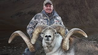 WORLD RECORD Class Marco Polo Ram -  Hunting in Tajikistan with Guy Eastman