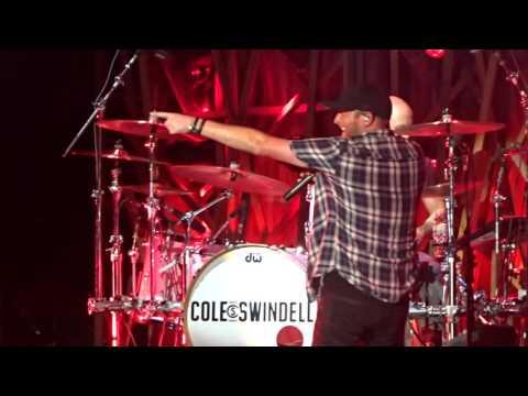 Cole Swindell: Let Me See Ya Girl (2017)