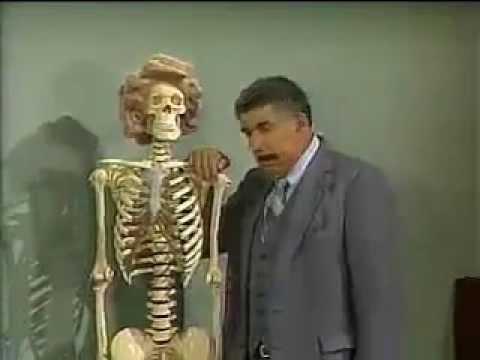 Chaves - O esqueleto na sala de aula - parte 2 - Episódio inédito (Espanhol)